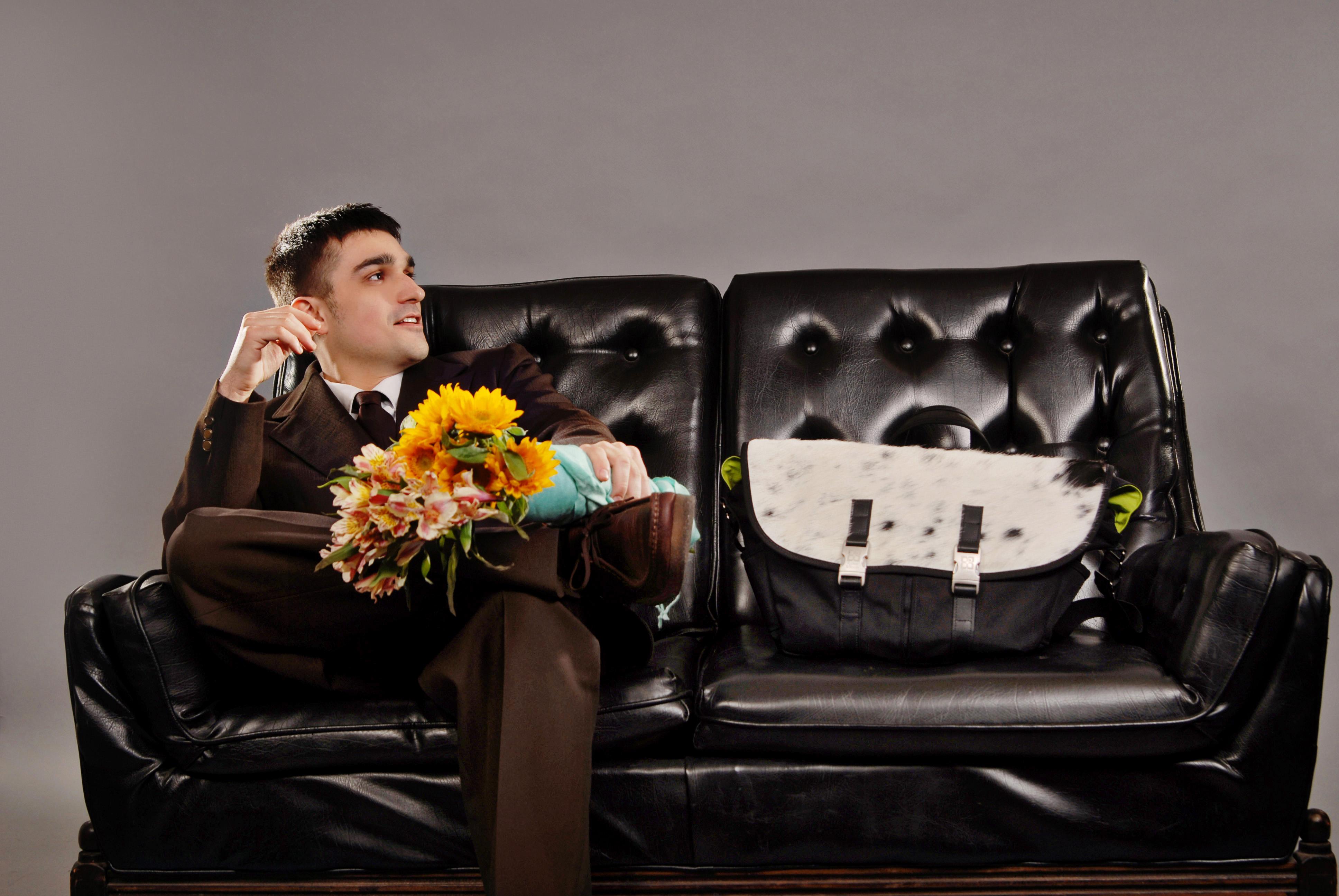 amerigo_gazaway_press_couch